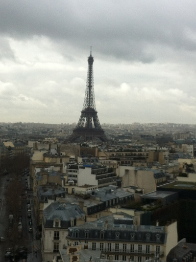 eifflel-tower-rain