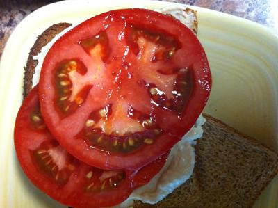 hummus-tomato-sandwich.jpg